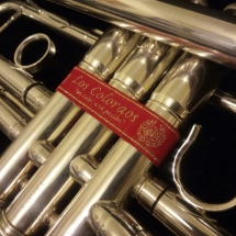 pulsera_roja_trompeta